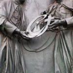 KölnのDomにあるドイツらしい彫刻
