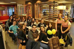 マクドナルドにて友人の誕生日パーティー