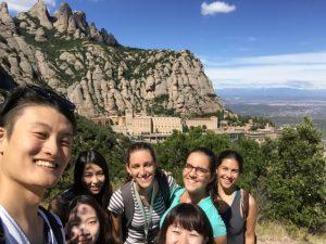 Montserratへのショートトリップ
